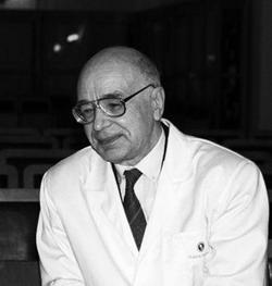 Профессор А.М. Вавилов